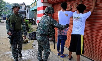Phillipine situation worsens as friendly fire kills 11 soldiers