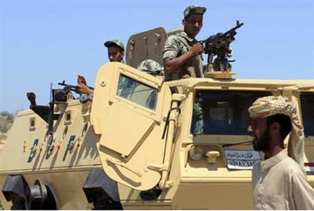 Egyptian soldiers and APC in Sinai