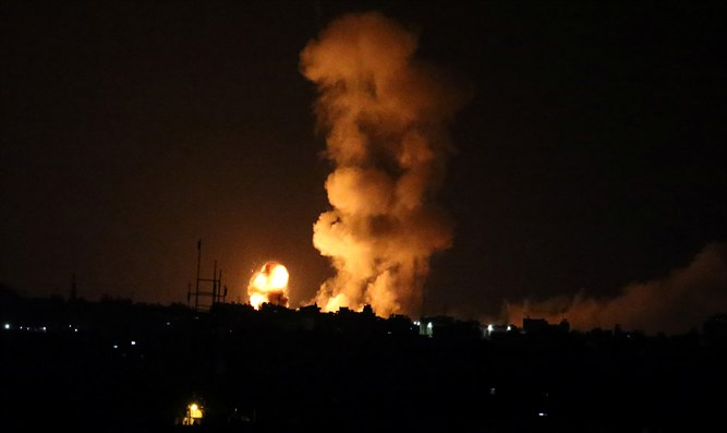 Israeli air strike in Gaza (archive)