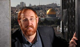 Watch: Yehuda Glick holds global prayer from Temple Mount with Christian leaders
