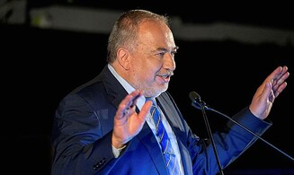 Liberman: Unity government is the only option