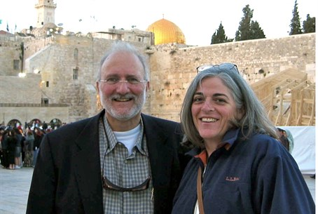 U.S. aid contractor Alan Gross and his wife J