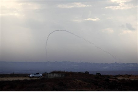 Terrorists fire Qassam rocket