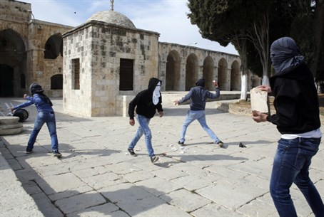 Muslim rioters hurl rocks on the Temple Mount