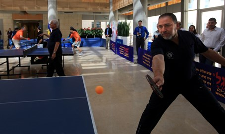 Avigdor Lieberman plays table tennis