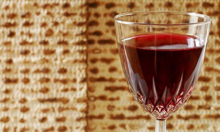Matzah and kosher wine (illustration)