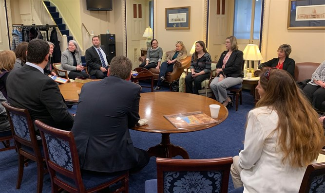Bible study group in Congress