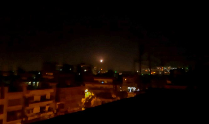 Missile seen over Damascus
